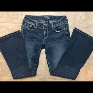 Vanity 28W/29L jeans 2/$20!